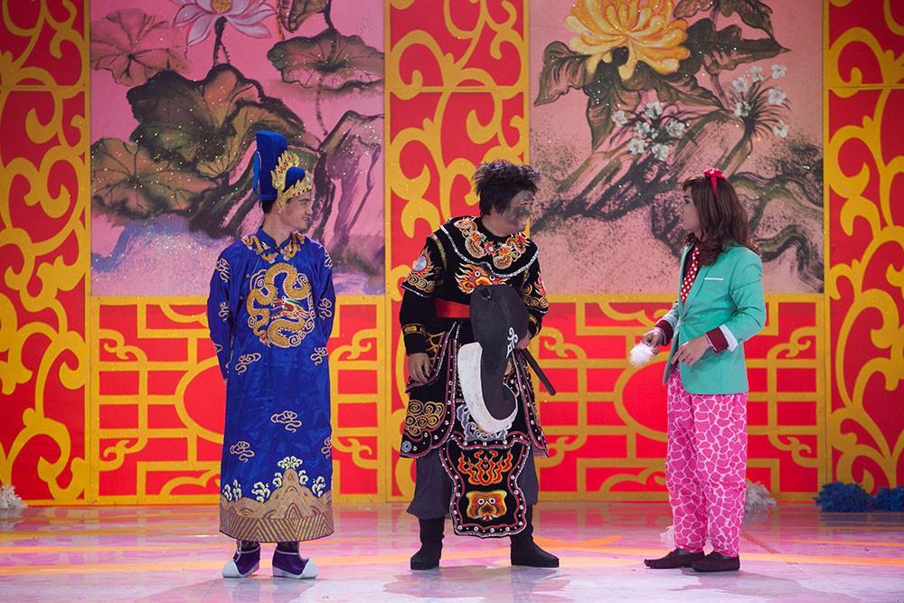 Top 5 mỹ nam đóng Thiên Lôi đáng yêu nhất của Táo Quân qua các năm-4