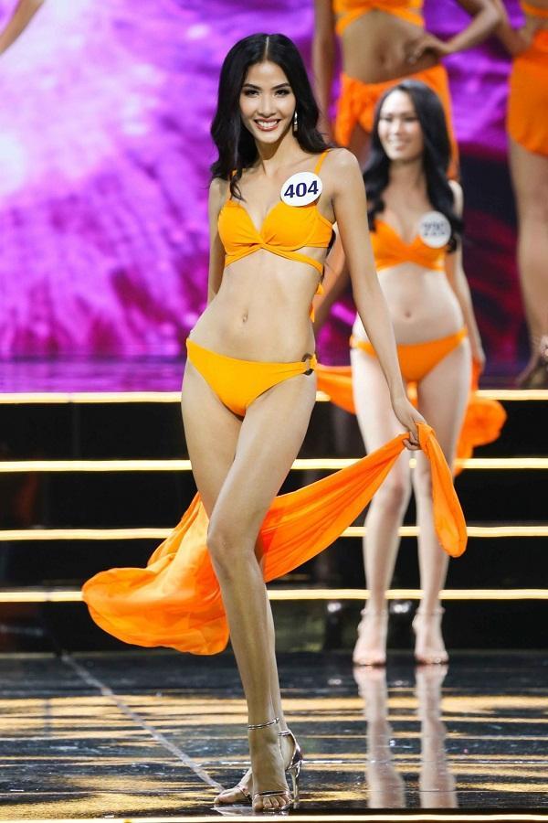 Hoàng Thùy xuất sắc giành giải Best Catwalk tại Hoa hậu Hoàn vũ Việt Nam 2017-1