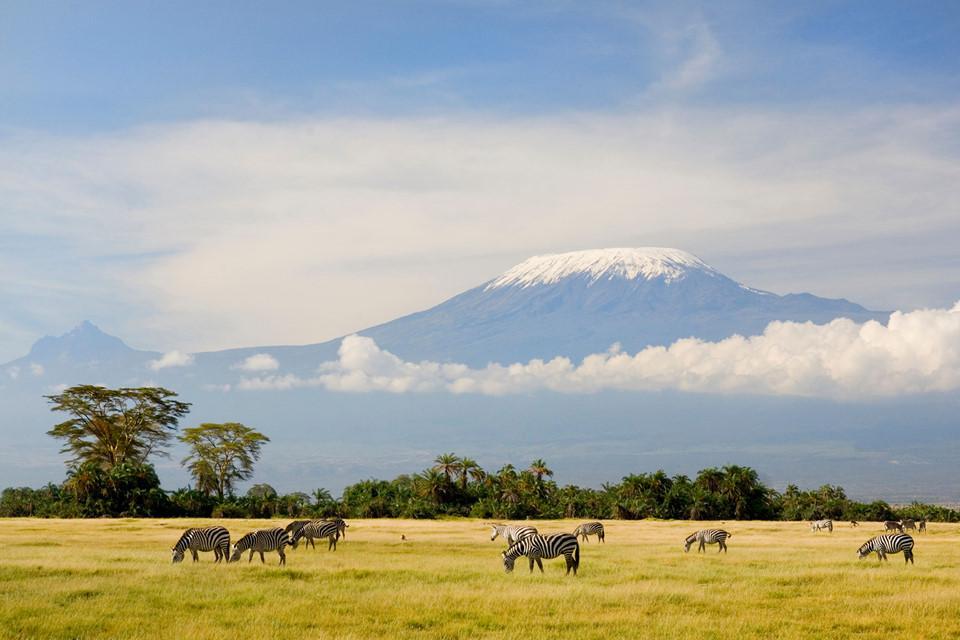 15 ngọn núi sở hữu vẻ đẹp ngoạn mục của Trái đất-4