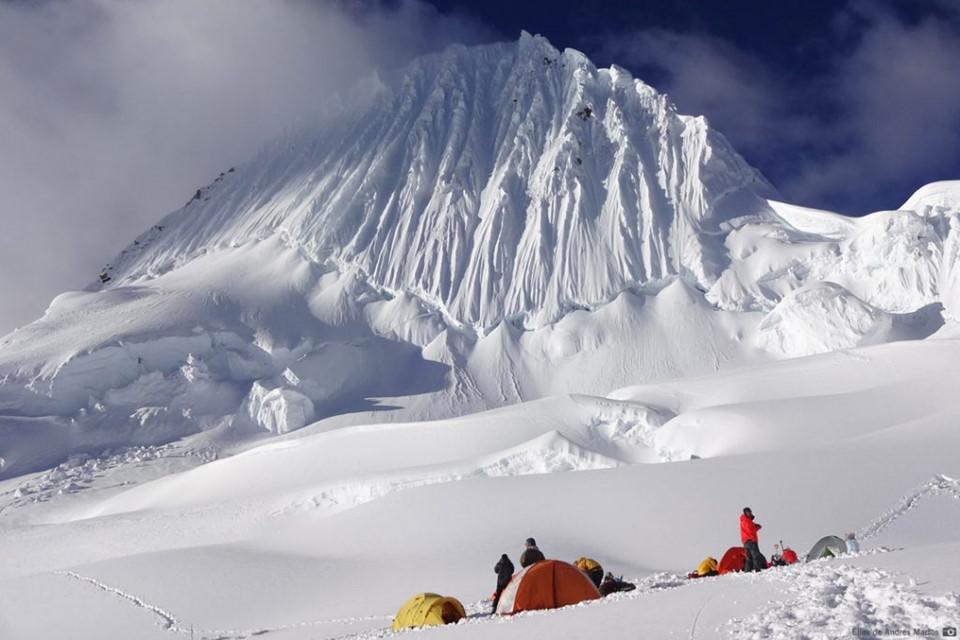15 ngọn núi sở hữu vẻ đẹp ngoạn mục của Trái đất-12