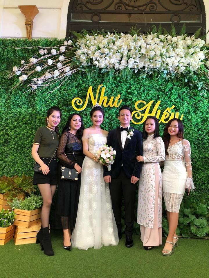 Top 10 Hoa hậu Việt Nam 2016 Trần Tố Như và hotboy cảnh sát khóa môi say đắm trong ngày cưới-5