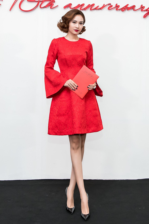 Bất kể dresscode nào, Angela Phương Trinh vẫn đánh bật dàn mỹ nhân Việt trên thảm đỏ-8