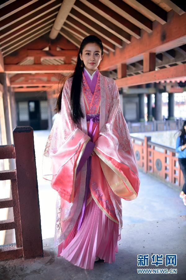 Song Hye Kyo và Kim Tae Hee: Ai xứng đáng là Tiểu Long Nữ trong Thần điêu đại hiệp bản Hàn?-6