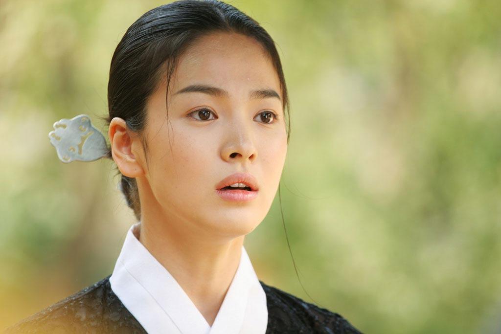 Song Hye Kyo và Kim Tae Hee: Ai xứng đáng là Tiểu Long Nữ trong Thần điêu đại hiệp bản Hàn?-4