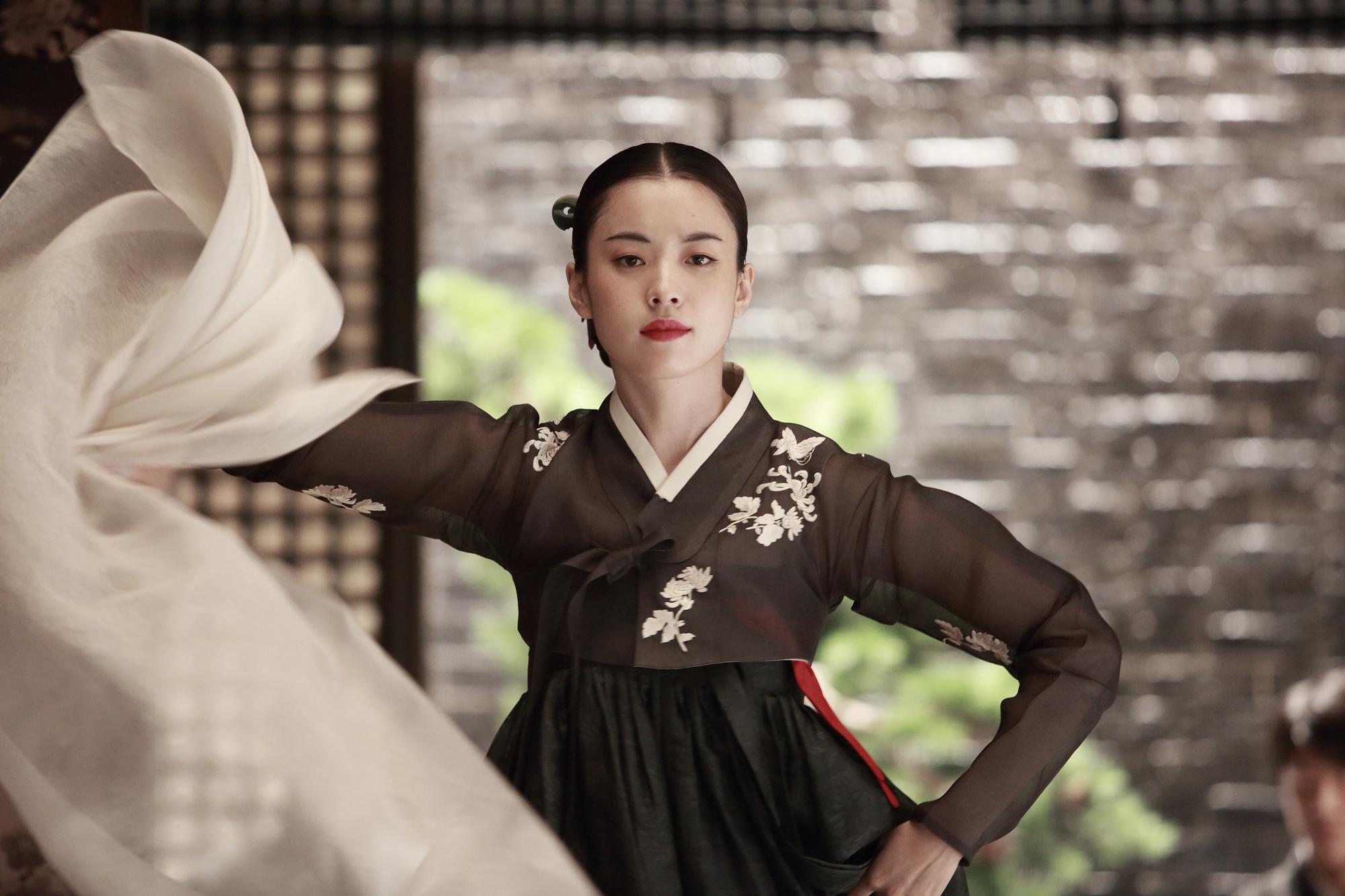 Song Hye Kyo và Kim Tae Hee: Ai xứng đáng là Tiểu Long Nữ trong Thần điêu đại hiệp bản Hàn?-8