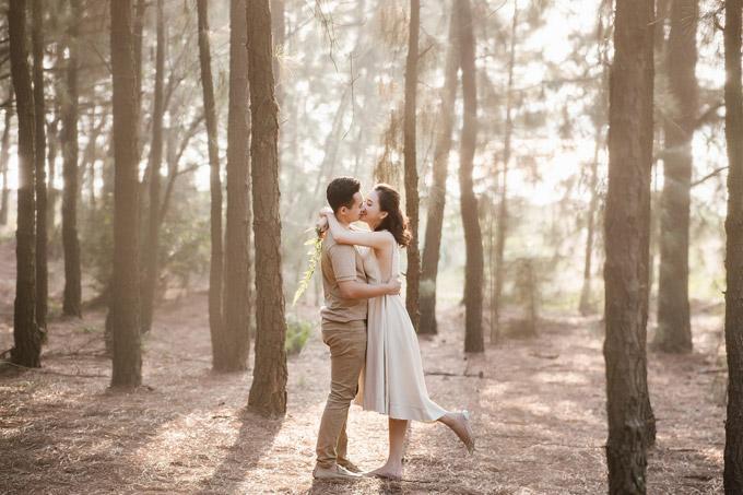 Trọn bộ ảnh cưới ngập cảnh khóa môi của nàng hậu Trần Tố Như và hot boy cảnh sát-3