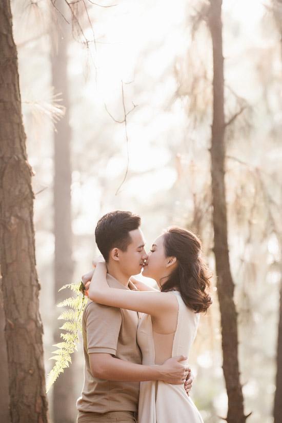 Trọn bộ ảnh cưới ngập cảnh khóa môi của nàng hậu Trần Tố Như và hot boy cảnh sát-4