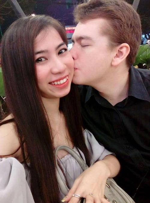 Chàng trai Úc suýt thất nghiệp vì quá yêu cô gái Việt-2