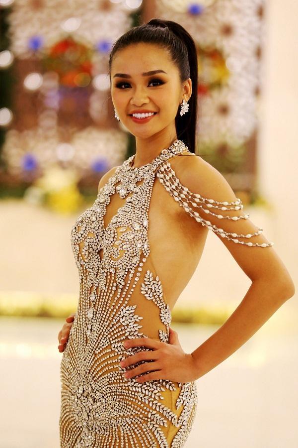 Đêm nay, người đẹp nào sẽ đăng quang Hoa hậu Hoàn vũ Việt Nam 2017?-1