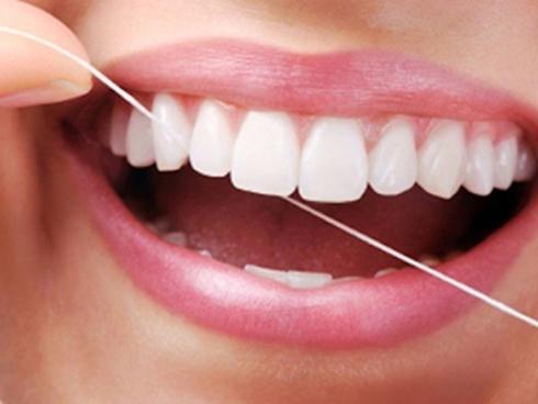 Kết quả hình ảnh cho do xỉa răng bằng tăm quá nhiều thí