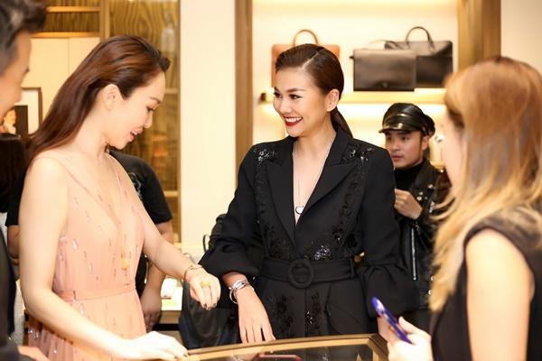 Thanh Hằng mặc đồ 3 tỷ đẹp sang chảnh hội ngộ sao quốc tế Phạm Văn Phương-7