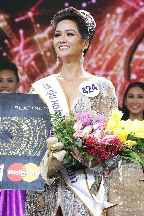 Mặt mộc của Tân Hoa hậu Hoàn vũ Việt Nam 2017-4