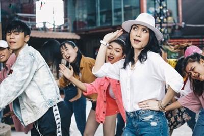 Cực kỳ lầy lội, MV mới của Mỹ Tâm cán mốc 1,7 triệu view chỉ sau 3 ngày ra mắt-3