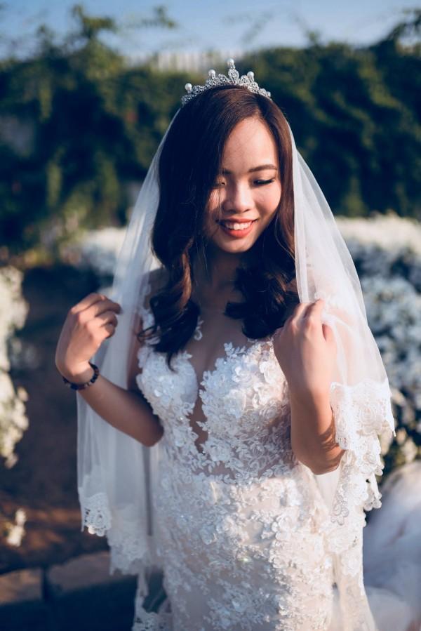 Cô dâu đi giầy thể thao nhảy hip hop cực sung trong đám cưới-3
