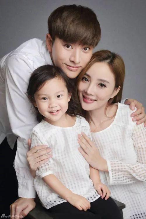 Khởi đầu 2018, HHen Nie chiếm spotlight khi đăng quang Hoa hậu Hoàn vũ Việt Nam 2017-2