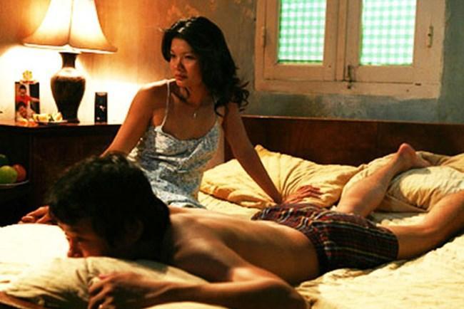 Ai xứng danh nữ hoàng cảnh nóng phim Việt thời hiện đại?-2