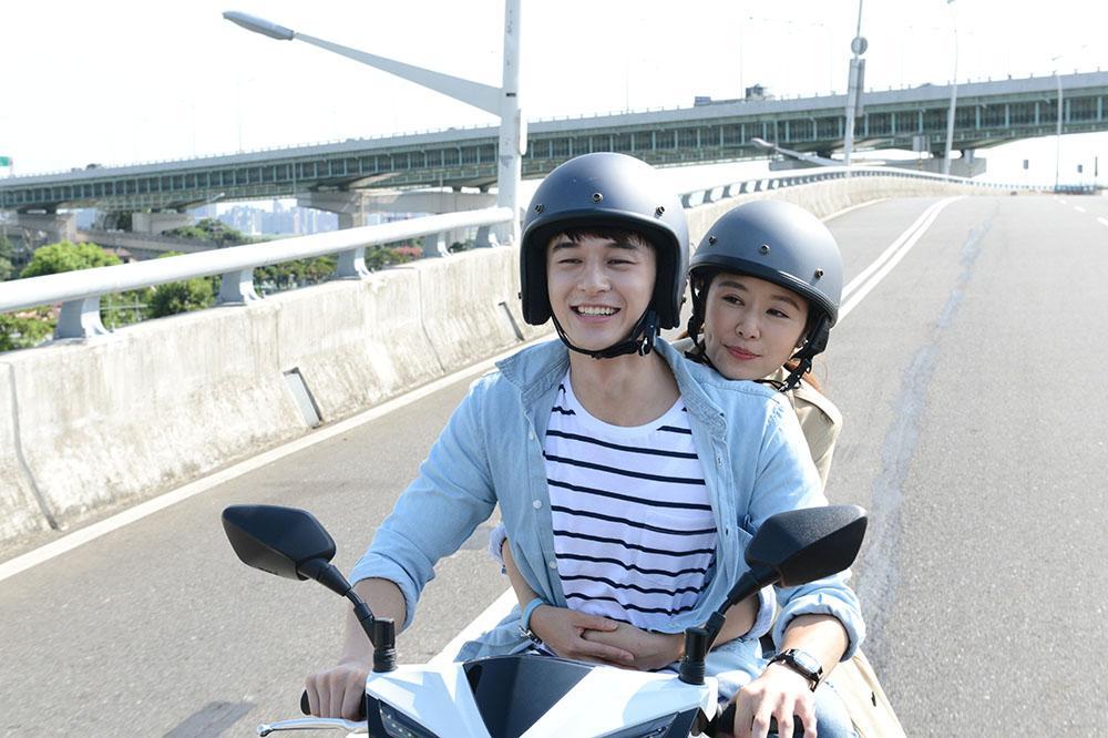 Bị tố tuyên truyền văn hóa độc hại, phim của Lâm Tâm Như phải dừng chiếu ở Trung Quốc-4