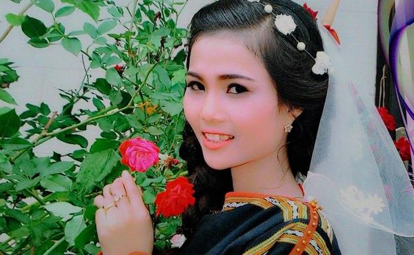Chân dung cô em gái nhỏ nhắn, xinh xắn của em gái Hoa hậu Hoàn vũ Việt Nam 2017-5
