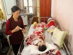 Hà Nội: Nam thanh niên thoi thóp dưới đường nghi rơi từ cầu vượt ngã Tư Sở xuống-4