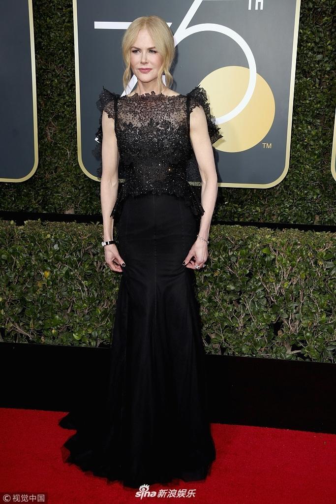 Angelina Jolie cùng dàn sao Hollywood nhuộm đen thảm đỏ Quả Cầu Vàng 2018-3