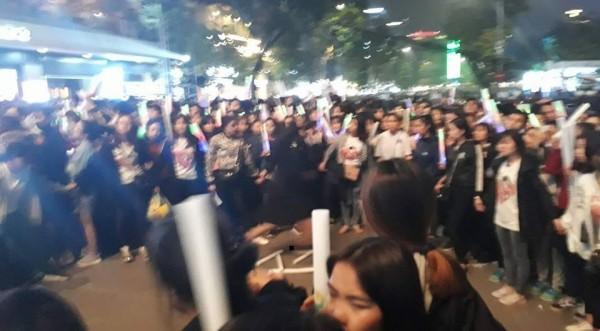 Xôn xao fan Noo tạo hàng rào cô lập, sẵn sàng gây chiến với FC khác trong đêm nhạc-3
