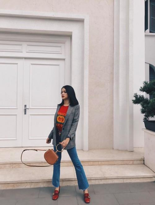 Chuẩn bị thi Hoa hậu, Hương Giang Idol bị đào mộ màn catwalk gây cười vì ngã sấp mặt-7