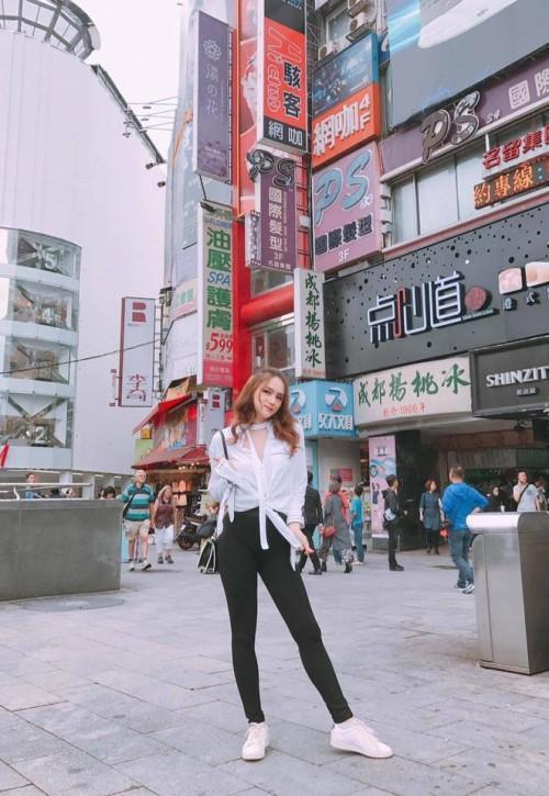 Chuẩn bị thi Hoa hậu, Hương Giang Idol bị đào mộ màn catwalk gây cười vì ngã sấp mặt-8