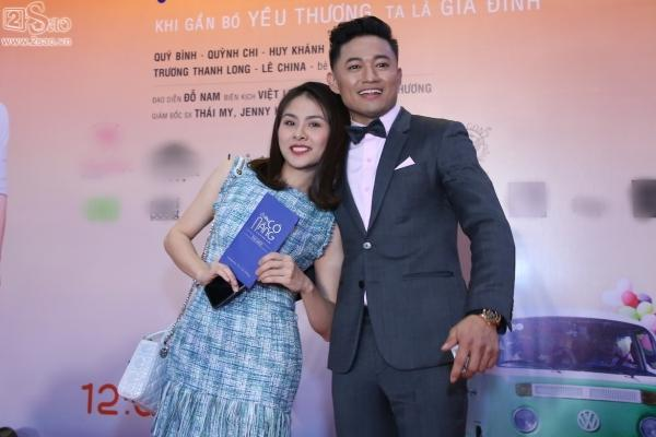 Lâm Khánh Chi diện áo dài đỏ rực nhưng lạc quẻ ở sự kiện-4