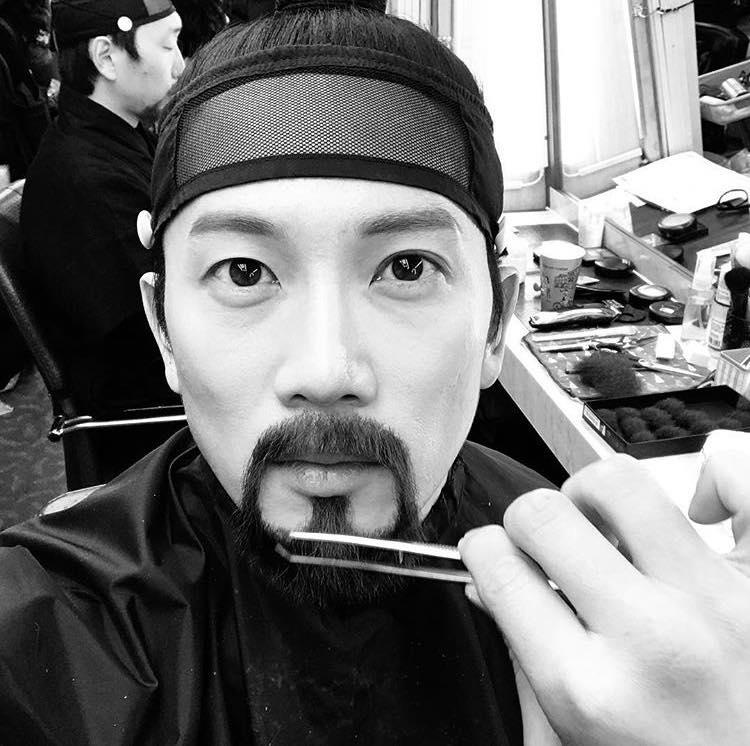 Sao Hàn 9/1: Mỹ nhân Masters Sun muốn được hẹn hò với tài tử Goblin Gong Yoo-9