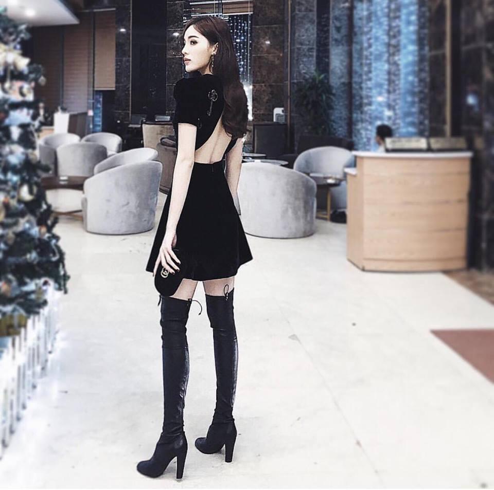 Angela Phương Trinh sến sẩm - Kỳ Duyên khoe lưng trần gợi cảm nổi bật nhất street style tuần mới-1