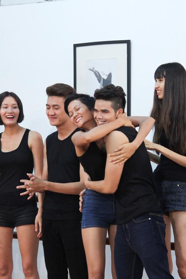 Bạn thân tiết lộ HHen Niê nợ 4 triệu đồng trước đêm chung kết hoa hậu-4