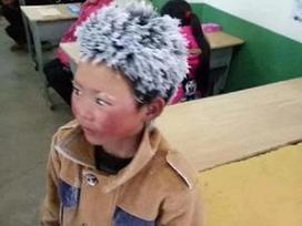 Đằng sau chuyện cậu bé Trung Quốc bị đóng băng toàn bộ tóc vì giá rét