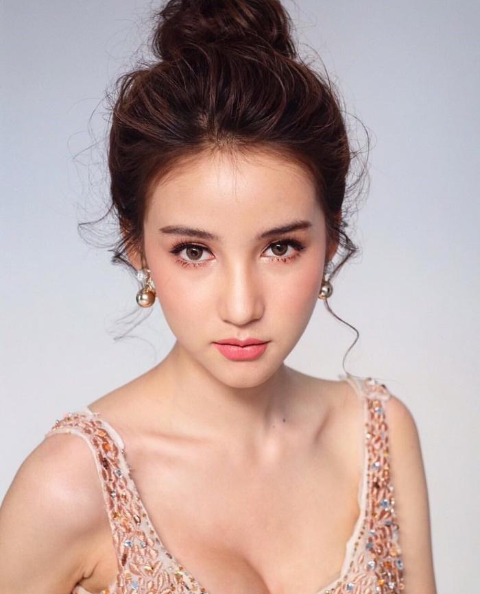 Nhan sắc yêu kiều của mỹ nhân chuyến giới khiến Hương Giang Idol phải lo sợ khi chinh phục ngôi hoa hậu-5