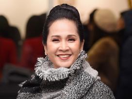 'Mẹ chồng' Lan Hương chấp nhận 'sống chung với lũ' dù bị lợi dụng hình ảnh quảng cáo