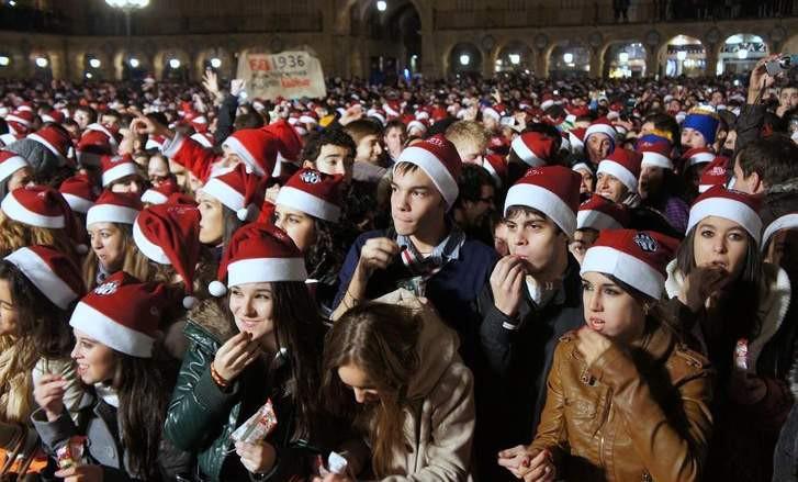 Thú vị những phong tục kiêng kị năm mới của các nước giúp mang về tài lộc, may mắn-3