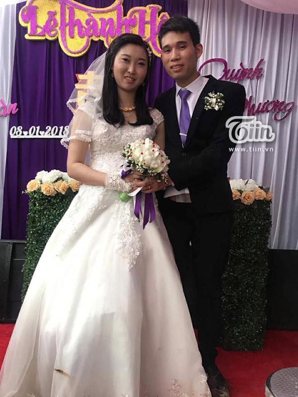 Màn rước dâu bằng xe công nông độc đáo tại Phú Thọ gây sốt mạng xã hội-4