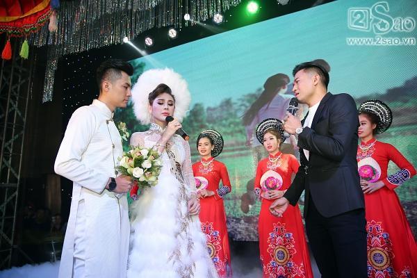 Lâm Khánh Chi lộng lẫy như công chúa bên cạnh ông xã-4