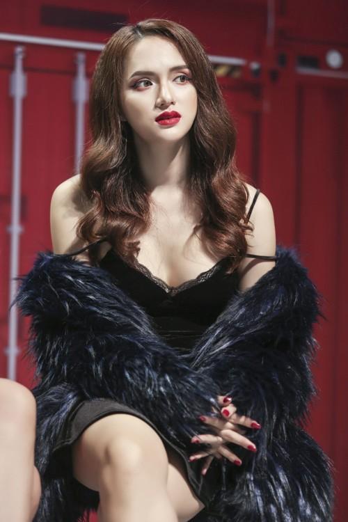 Hương Giang Idol: Mỹ nhân chuyển giới có gout thời trang nóng bỏng nhất showbiz Việt-5