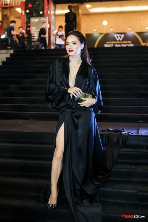 Hương Giang Idol: Mỹ nhân chuyển giới có gout thời trang nóng bỏng nhất showbiz Việt-7