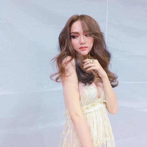 Hương Giang Idol: Mỹ nhân chuyển giới có gout thời trang nóng bỏng nhất showbiz Việt-12