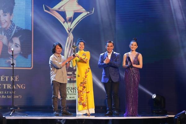 HHen Niê trao giải Nam diễn viên xuất sắc cho NSƯT Hữu Châu-10