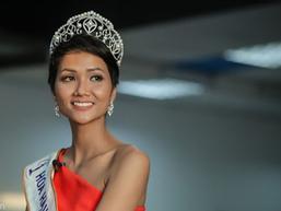 Bí quyết để sở hữu thân hình quyến rũ như Hoa hậu Hoàn vũ Việt Nam H'Hen Niê