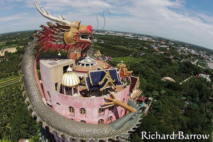 Ngôi đền rồng uốn lượn độc đáo ở Thái Lan-2
