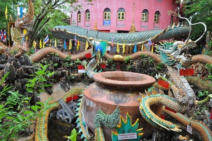 Ngôi đền rồng uốn lượn độc đáo ở Thái Lan-5