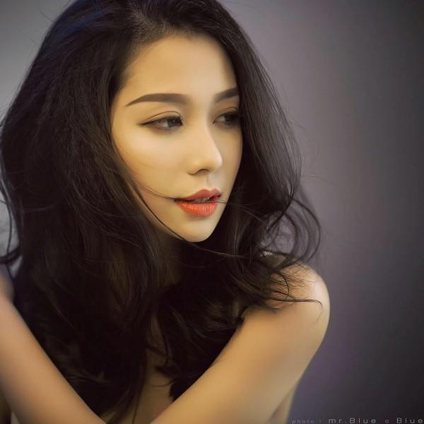 Cô bạn gái xinh đẹp khiến Yanbi tự nguyện unfriend hết gái xinh trên Facebook-1