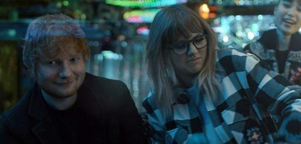 Taylor Swift lái mô tô, say sưa tiệc tùng cùng Ed Sheeran trong MV End Game-2