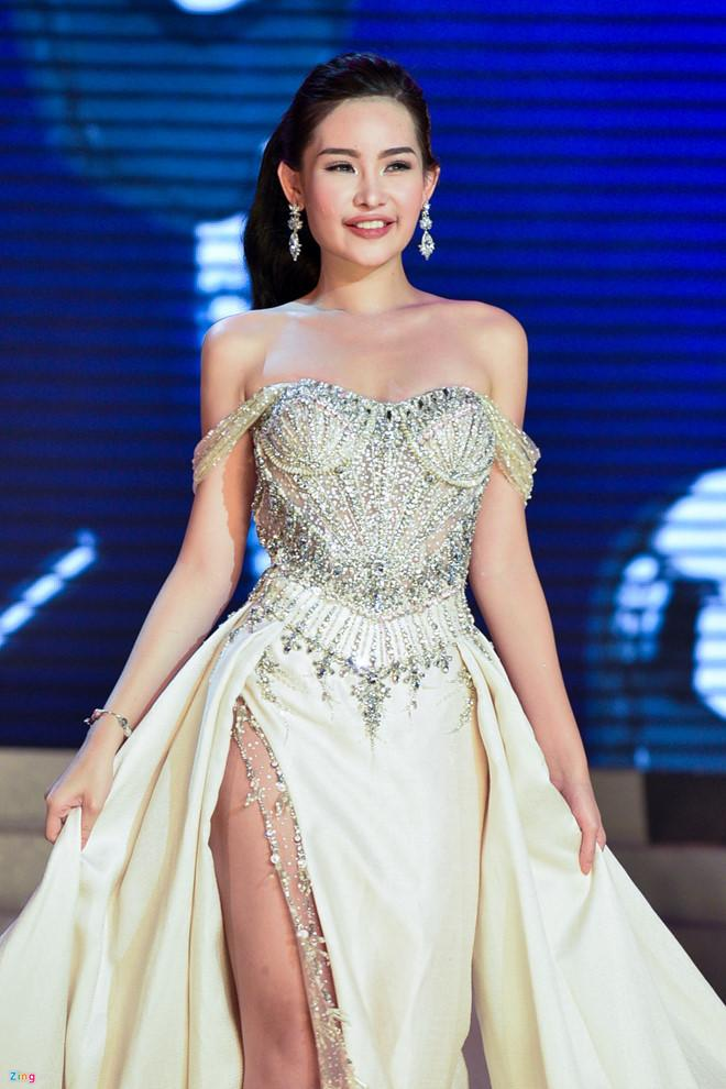 Hai tháng đội vương miện đầy sóng gió của Hoa hậu Đại Dương Ngân Anh-5