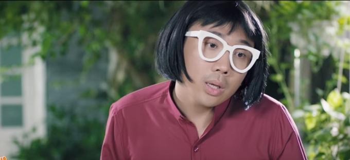 Tranh giành trai đẹp, Trấn Thành bị hội chị em bạn dì của BB Trần đánh cho sấp mặt-1