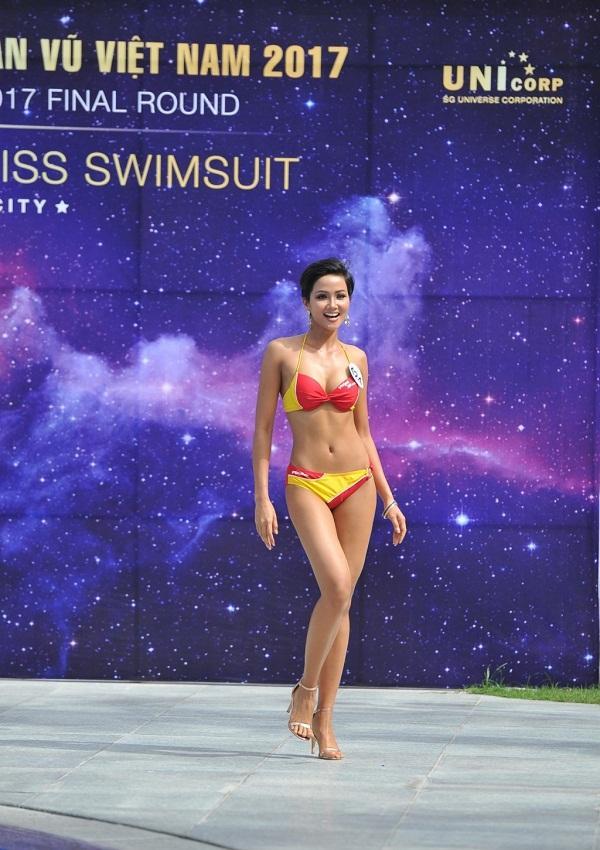 Sở hữu vẻ đẹp quốc tế, HHen Niê có thay đổi được vị thế nhan sắc Việt tại Hoa hậu Hoàn vũ Thế giới 2018?-5