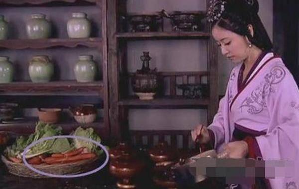 Chết cười với những hạt sạn xuyên không về thời xưa trong phim cổ trang Hoa ngữ-5